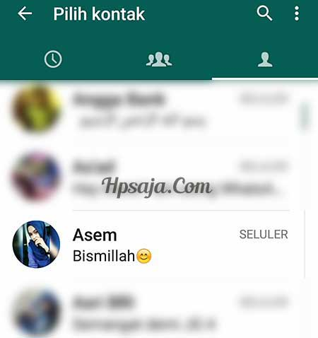 pilih kontak video call Whatsapp